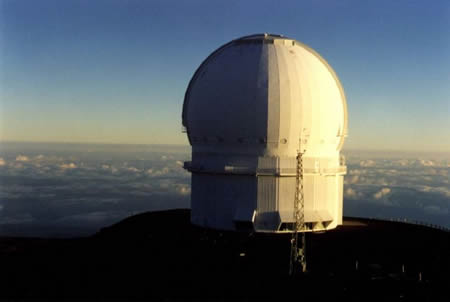 800px-Canada-France-Hawaii-Telescope-dome.jpg